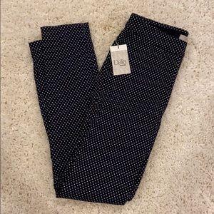 NWT. Dalia Stretch Skinny Pants. Size 4